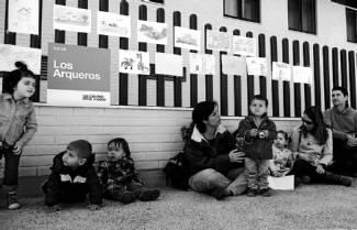 Padres y niños de Arcosur, en una jornada reivindicativa para pedir más plazas escolares.